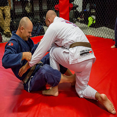 adults training brazilian jiu jitsu